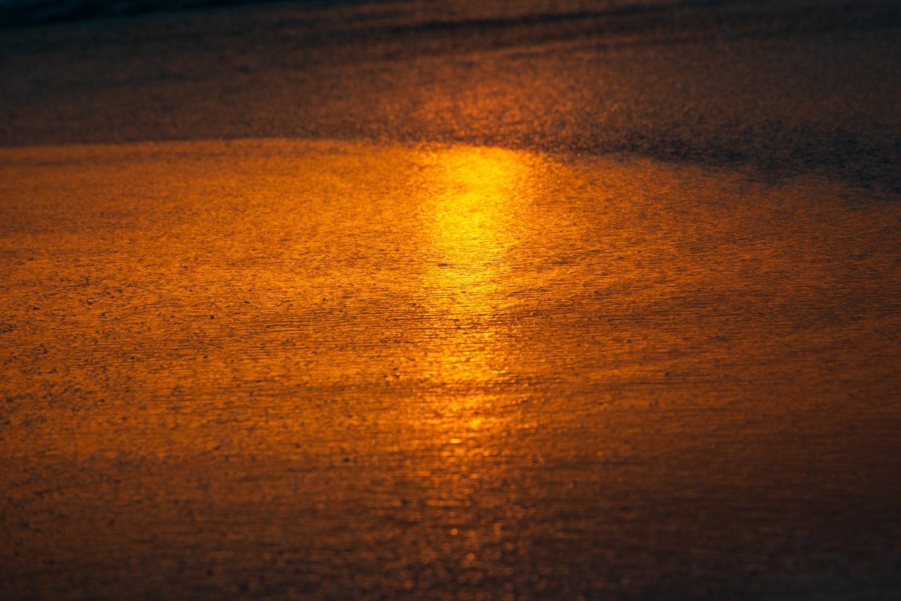 Sunset on the grains of sand